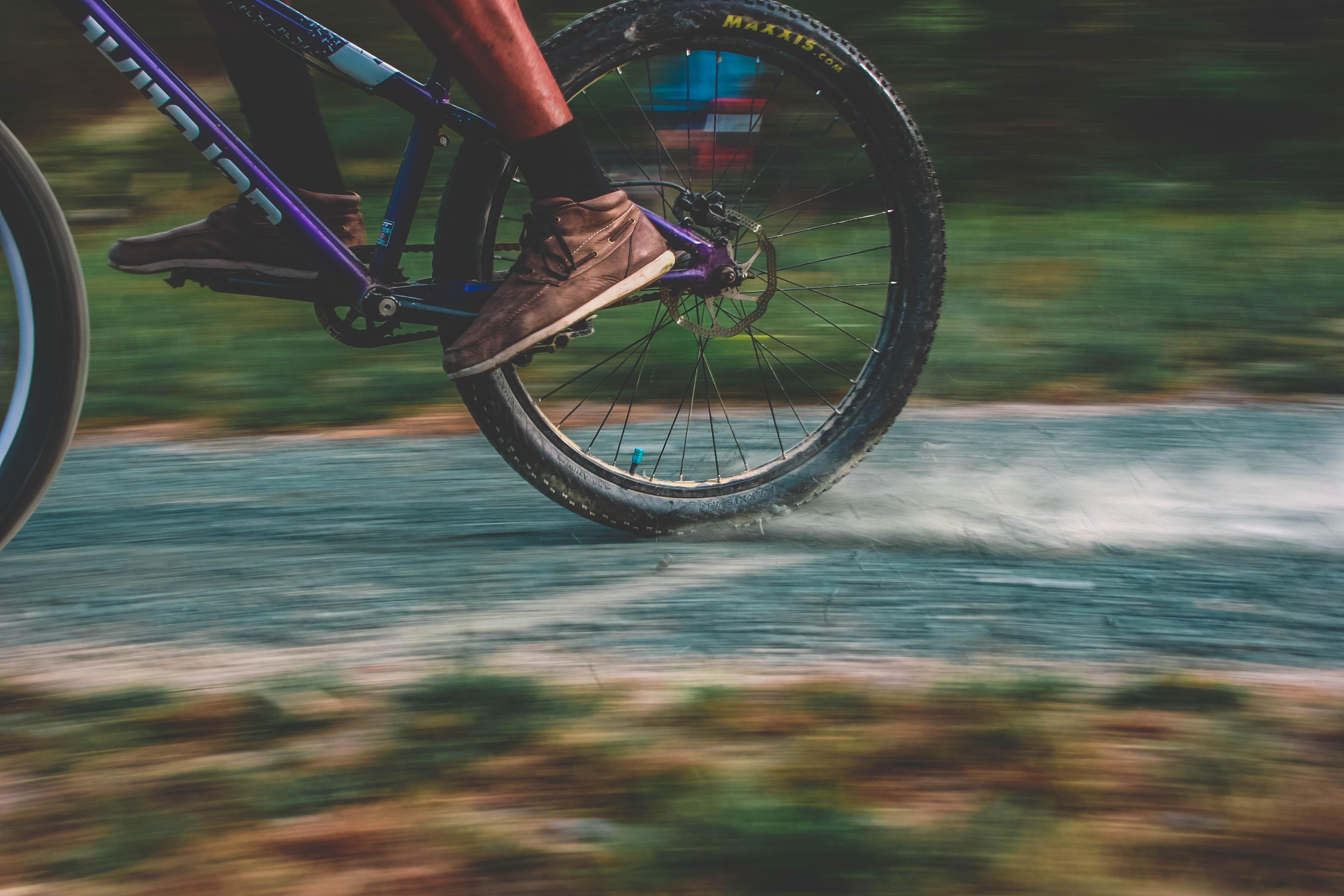 Cykelhjul på väg